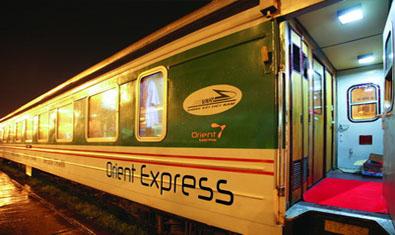 Orient Express Hanoi Sapa Train